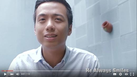He Always Smiles - Khôi Te