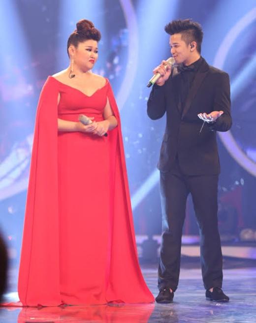 Từ kiểu tóc, trang phục đến tông trang điểm không ít lần khiến Á quân Vietnam Idol 2015 - Bích Ngọc nhận quá nhiều lời chê bai từ công chúng.