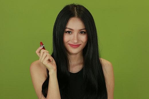 Yaya muốn xây dựng một Quỳnh Lam gợi cảm nhưng không kém phần hài hước và khùng khùng trong phần 2 Chiến dịch chống ế.