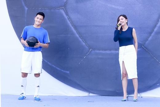 Công Vinh và Văn Mai Hương là khách mời trong một sự kiện thể thao tại Hà Nội. - Tin sao Viet - Tin tuc sao Viet - Scandal sao Viet - Tin tuc cua Sao - Tin cua Sao