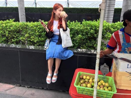 Ngọc Thảo nhí nhảnh tại Thái Lan.