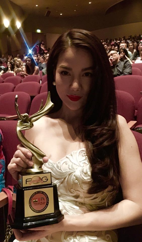 Trương Ngọc Ánh giành giải thưởng nữ diễn viên xuất sắc nhất tại Fog Global Awards. - Tin sao Viet - Tin tuc sao Viet - Scandal sao Viet - Tin tuc cua Sao - Tin cua Sao