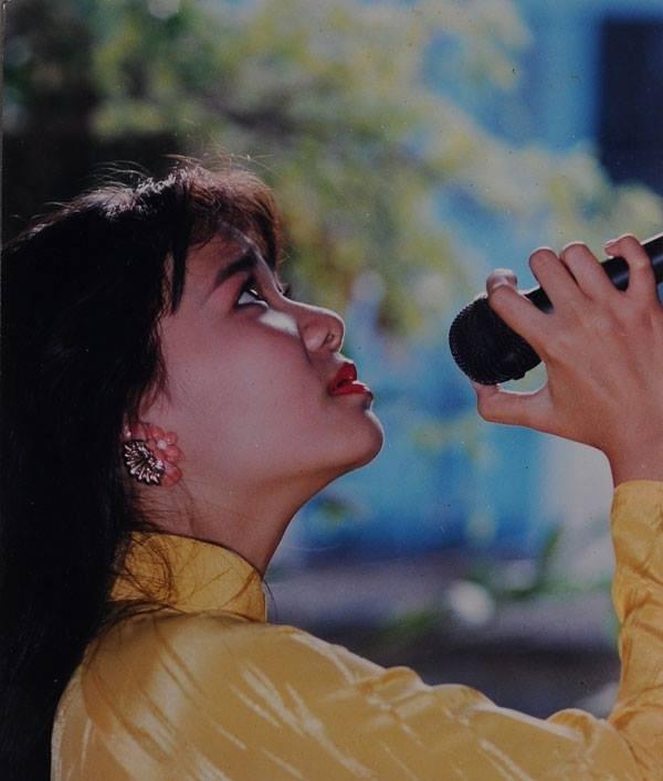 Thu Minh tham gia cuộc thi tiếng hát truyền hình từ khi còn khá nhỏ tuổi. - Tin sao Viet - Tin tuc sao Viet - Scandal sao Viet - Tin tuc cua Sao - Tin cua Sao