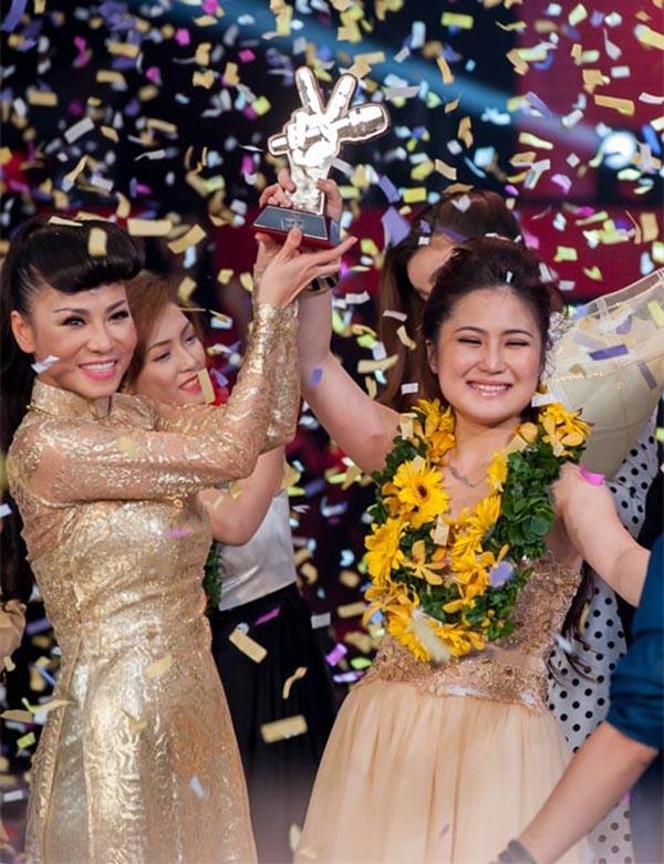 Hương Tràm chiến thắng thuyết phục với sự dìu dắt của Thu Minh tại Giọng hát Việt 2012. - Tin sao Viet - Tin tuc sao Viet - Scandal sao Viet - Tin tuc cua Sao - Tin cua Sao