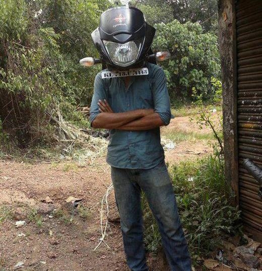 Mũ bảo hiểm phiên bản mặt nạ xe