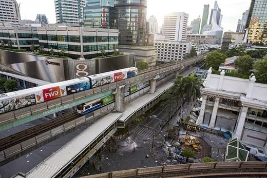 ... hôm nay chỉ còn mỗi tàu điện ngầm là vẫn hoạt động phục vụ người dân.