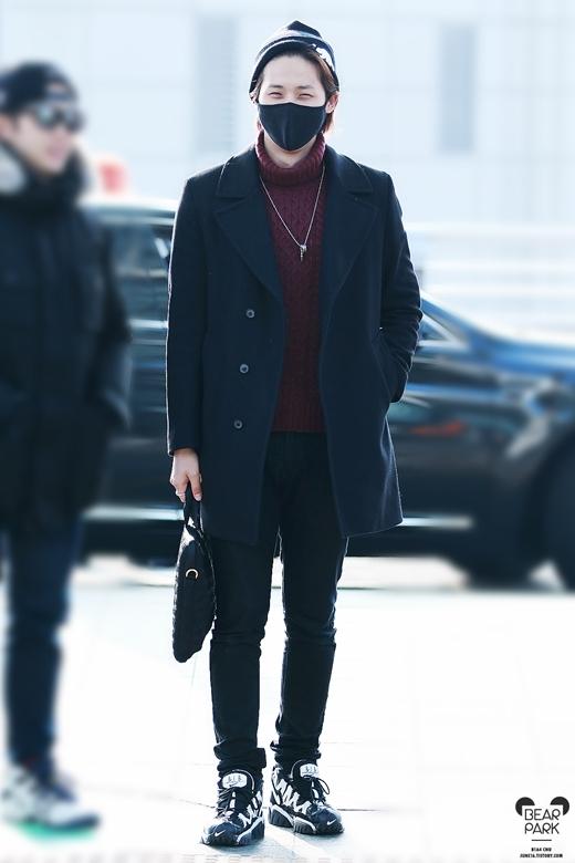 Nếu không biết, có lẽ nhiều người sẽ nhầm lẫn CNU (B1A4) là chàng người mẫu sở hữu vóc dáng hoàn mĩ nhất.