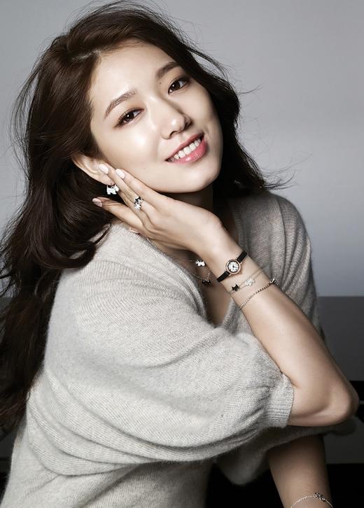 Hạng 9 là Moon Chae Won và Park Shin Hye cũng 'cá kiếm' được khoảng 500 triệu đồng cho một tập phim.