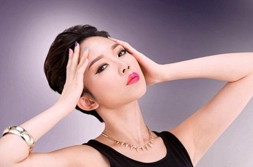 Hình ảnh quảng cáo mới nhất của Tóc Tiên kết hợp cùng nhà thiết kế Lý Quí Khánh. - Tin sao Viet - Tin tuc sao Viet - Scandal sao Viet - Tin tuc cua Sao - Tin cua Sao