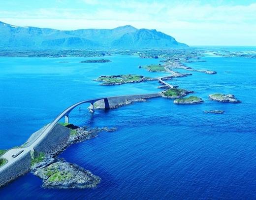 Đường Đại Tây Dương có chiều dài 8 km được xây dựng ở Na Uy, đặc biệt dành cho khách du lịch.