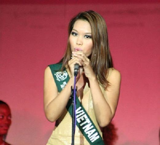 Sau khi tham gia Hoa hậu Phụ nữ Việt Nam qua ảnh 2005 và khiêm tốn dừng chân ở top 10, Hà Anh tiếp tục thử sức tại Hoa hậu Trái đất 2006 nhưng vẫn không đạt được thành công như mong đợi khi chỉ giành được giải Á hậu 1 Hoa hậu Tài năng - một phần thi phụ. - Tin sao Viet - Tin tuc sao Viet - Scandal sao Viet - Tin tuc cua Sao - Tin cua Sao