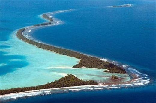 """Tuvalu – quốc gia làm giàu nhanh chóng. Dành cho những ai thích """"việc nhẹ lương cao"""", Tuvalu giàu nhanh chóng nhờ bán tên miền '.tv'. Hơi khó tin nhỉ?"""