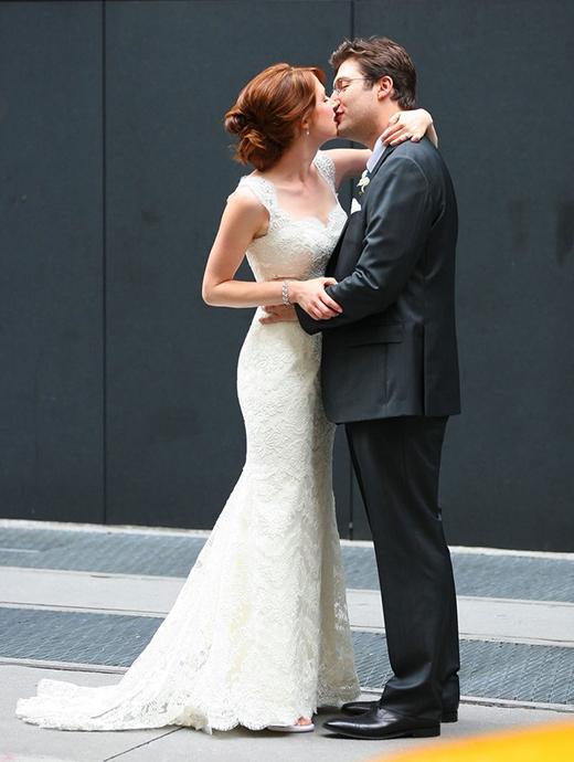 Ellie Kemper và Michael Koman tổ chức hôn lễ tại thành phố New York vào tháng 7/2012.