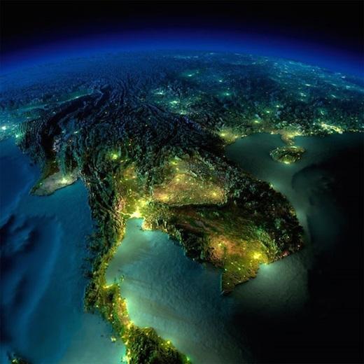 Châu Á - Việt Nam. Một hình ảnh được chụp từ phía đất mũi Cà Mau của Việt Nam.
