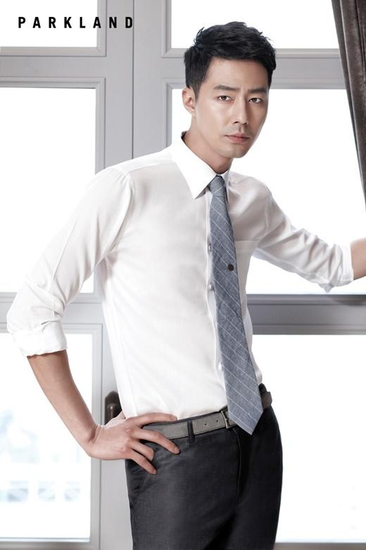 Cũng giống như So Ji Sub, Jo In Sung cũng nhận được số tiền tương đương. Cư dân mạng không khỏi thắc mắc cho mức thù lao ít ỏi này của hai nam tài tử điển trai.