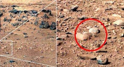 Trước đó, vào 2013, cũng chính tàu Curiosity phát hiện ra một tảng đá hình con chuột.