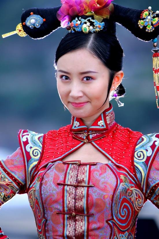 Vào vai công chúa Kiến Ninh, một trong 7 người vợ của Vi Tiểu Bảo trong Lộc Đỉnh Ký, Thư Sướng dễ dàng đánh bại 6 mĩ nhân khác để nhận được sự ủng hộ nhiệt tình của khán giả.