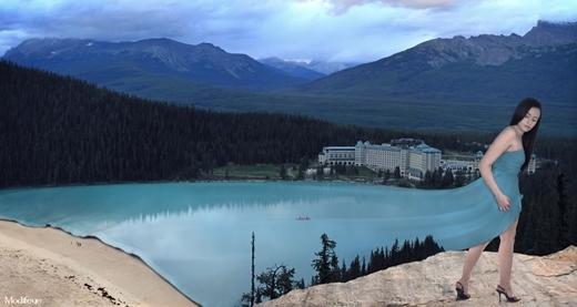 Váy của người thiếu nữ được may từ làn nước trong xanh của hồ.