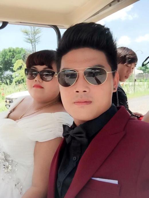 Hình ảnh hậu trường buổi chụp ảnh cưới củaTùng - Mai.
