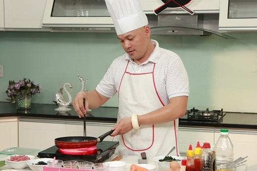 Nêm nếm gia vị là nguyên tắc vàng trong nấu ăn.