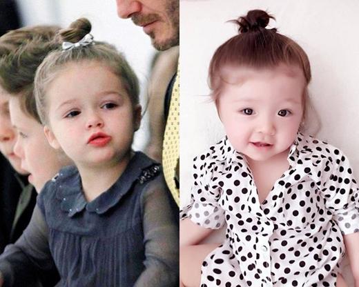 Với kiểu tóc búi cao này càng làm hai cô bé trông giống nhau hơn không chỉ ở phong cách mà còn ở ngoại hình.