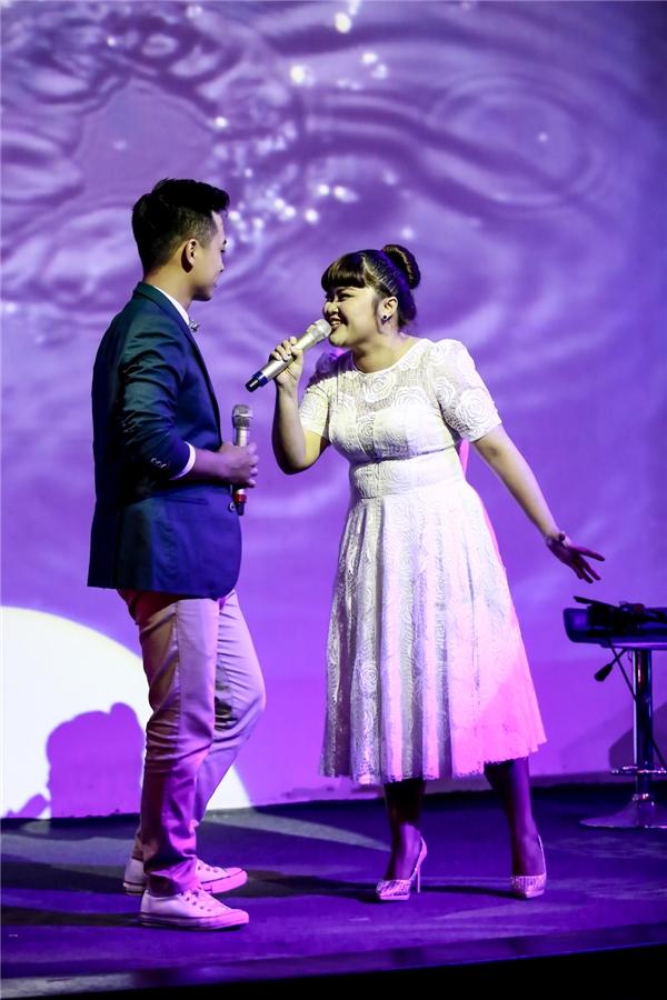 Minh Quân và Bích Ngọc gửi đến khán giả một ca khúc đầy lãng mạn. - Tin sao Viet - Tin tuc sao Viet - Scandal sao Viet - Tin tuc cua Sao - Tin cua Sao