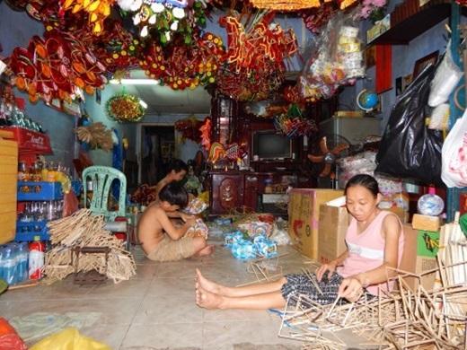Một hộ gia đình điển hình ở làng nghề Phú Bình, quận 11.(Nguồn: Internet)
