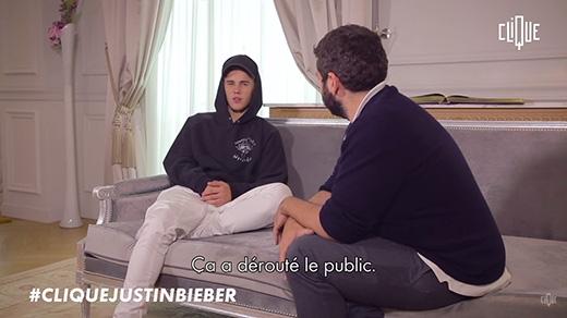 Justin trong buổi phỏng vấn.