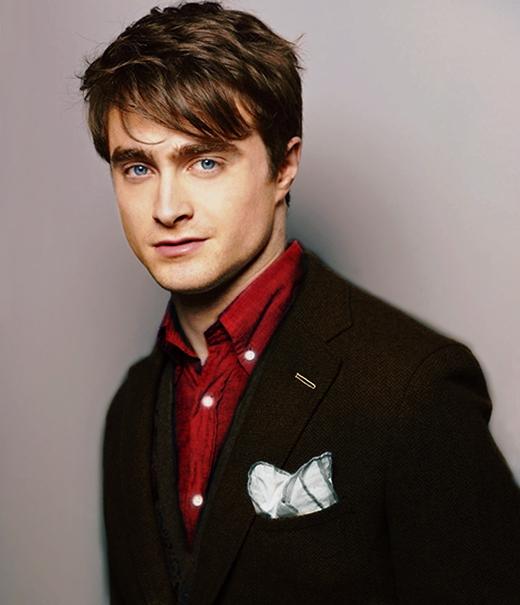 """Daniel Radcliffe chia sẻ rằng Harry Potter là vai diễn mà anh ghétnhất. Ngôi sao trẻ tự cảm nhận rằng diễn xuất của bản thân trong bộ phim đó thật tồi tệ: """"Rất khó để tôi xem một bộ phim như Harry Potter và hoàng tử lai vì diễn xuất của mìnhthật khủng khiếp. Tôi ghét nó. Diễn xuất của tôi chỉ có mộtkiểu và tôi có thể thấy mình đã tự mãn thế nào.Tôi đang cố gắng để không vấp phải chuyện đó lần nữa""""."""