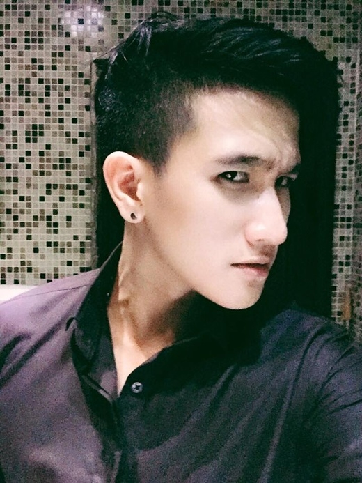 Nguyễn Việt Bằng - anh chàng sở hữu gương mặt điển trai cùng giọng hát ngọt ngào đốn tim bạn nữ. (Ảnh: Internet)