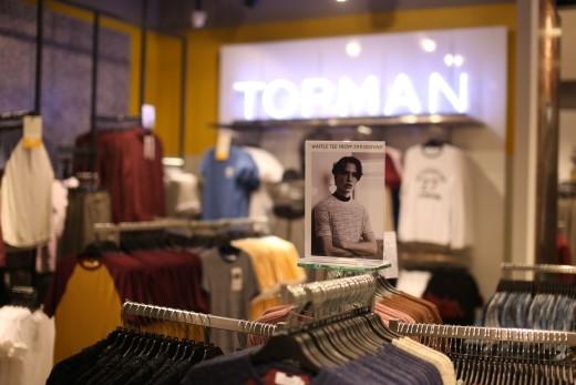Bộ sưu tập Thu – Đông 2015 được ra mắt tại cửa hàng Topshop Topman SC VivoCity.