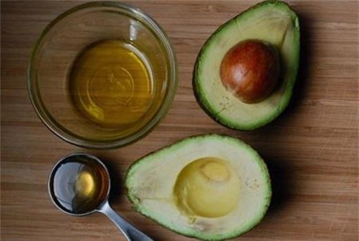 Tẩy lông dưới cánh tay siêu hiệu quả chỉ với các nguyên liệu trong bếp
