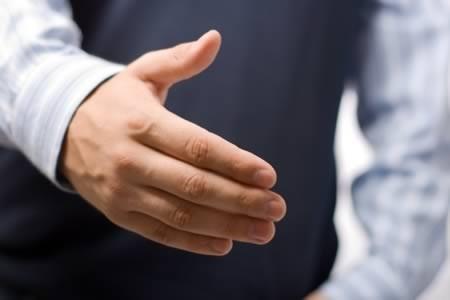Kết quả cho thấy những chàng trai có ngón đeo nhẫn dài thu hút người khác giới hơn số còn lại.