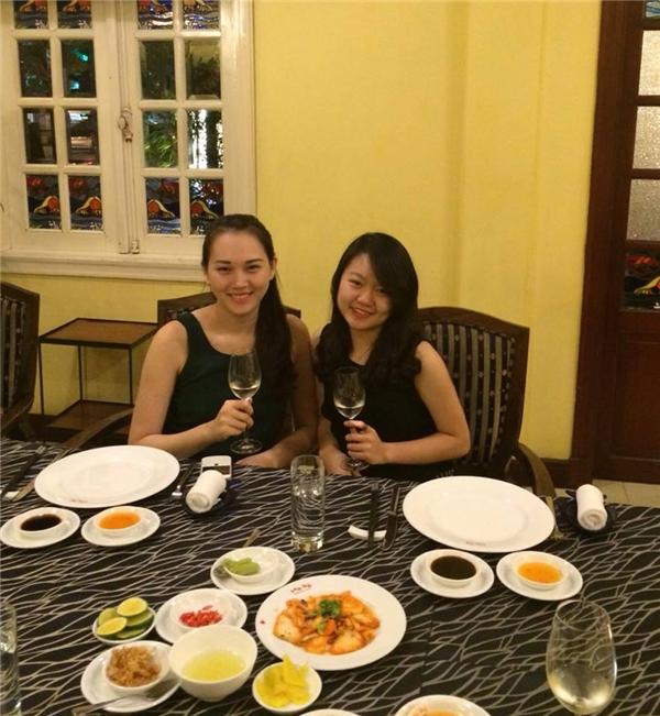 Siêu mẫu Ngọc Thạch hạnh phúc đón sinh nhật bên chồng con - Tin sao Viet - Tin tuc sao Viet - Scandal sao Viet - Tin tuc cua Sao - Tin cua Sao