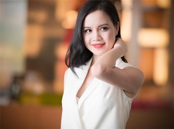 Giờ đây, Ngọc Oanh được nhiều người biết đến với hình ảnh nữ doanh nhân thành đạt. - Tin sao Viet - Tin tuc sao Viet - Scandal sao Viet - Tin tuc cua Sao - Tin cua Sao