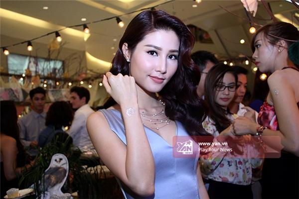 Nữ diễn viên 25 tuổi từng bước thoát khỏi những vai diễn nhí nhảnh, đáng yêu để trở thành quý cô quyến rũ trên màn ảnh Việt. - Tin sao Viet - Tin tuc sao Viet - Scandal sao Viet - Tin tuc cua Sao - Tin cua Sao