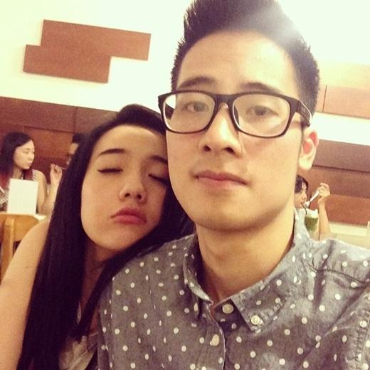 """Jvevermind và Mie Nguyễn từng có thời gian luôn """"dính nhau như sam"""" và cực kì tình cảm. (Ảnh: Internet)"""