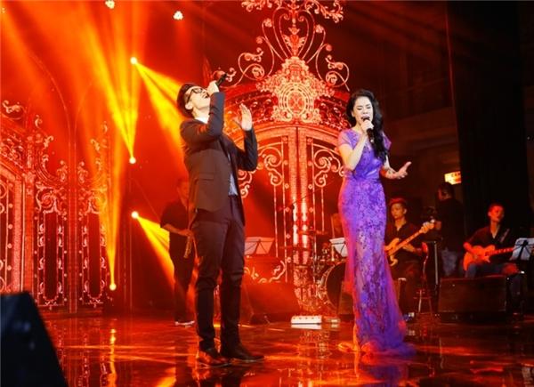 Thu Phương không hát cùng học trò trong đêm tái ngộ khán giả Hải Phòng - Tin sao Viet - Tin tuc sao Viet - Scandal sao Viet - Tin tuc cua Sao - Tin cua Sao