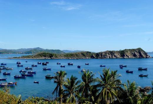 Phú Yên nằm ở miền Trung Việt Nam, phía bắc giáp Bình Định là đèo Cù Mông, phía nam giáp Khánh Hòa là đèo Cả. (Ảnh: Internet)