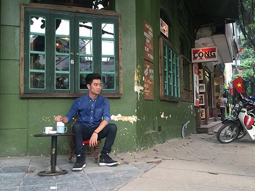 Yêu thích âm nhạc từ khi lên 2, quyết tâm theo học đàn piano 7 năm tại Học viện Âm nhạc Hà Nội, rồi lại mạnh dạn chuyển hướng học sáng tác, SlimV chính là động lực thôi thúc mạnh mẽ cho những ai có đam mê và dám theo đuổi nó.