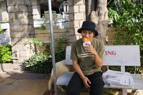 Những hình ảnh của Hoài Lâm trong MV Làm cha. - Tin sao Viet - Tin tuc sao Viet - Scandal sao Viet - Tin tuc cua Sao - Tin cua Sao