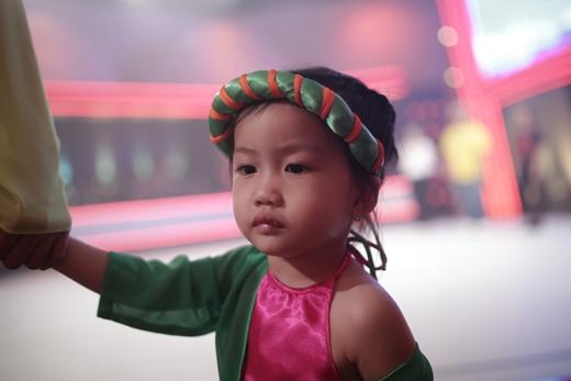Ốc Thanh Vân vui đùa cùng con trai út trên sàn tập nhảy - Tin sao Viet - Tin tuc sao Viet - Scandal sao Viet - Tin tuc cua Sao - Tin cua Sao