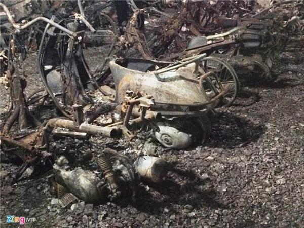 Nhiều phương tiện bị đốt cháy không thể truy nguyên số máy, số khung.