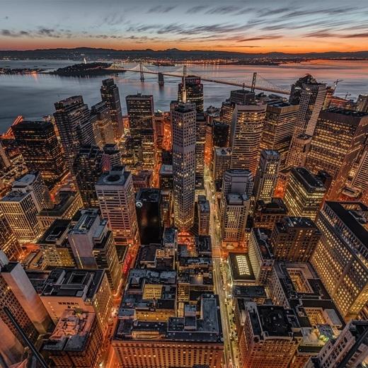 Đôi khi chỉ cần thay đổi góc nhìn một chút, đô thị nhộn nhịp và ồn ã cũng thật đáng để phượt một chuyến.(Nguồn IG @gettyphotography)