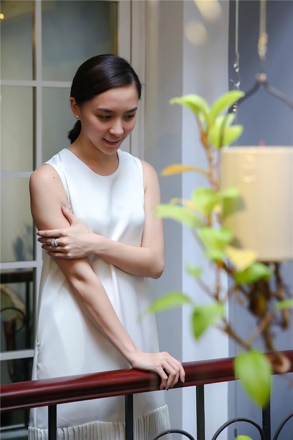 Li Lam đã lựa chọn Dương Trương Thiên Lý đảm nhận vai trò vedette bởi vóc dáng nhỏ bé cùng gương mặt đẹp tới nao lòng.
