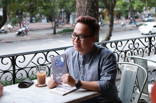 Tùng Leo nổi tiếng với những cuốn sách dành riêng cho Sài Gòn. - Tin sao Viet - Tin tuc sao Viet - Scandal sao Viet - Tin tuc cua Sao - Tin cua Sao