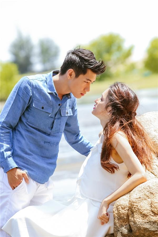Khoảnh khắc tình cảm suýt chạm môi của cặp đôi. - Tin sao Viet - Tin tuc sao Viet - Scandal sao Viet - Tin tuc cua Sao - Tin cua Sao
