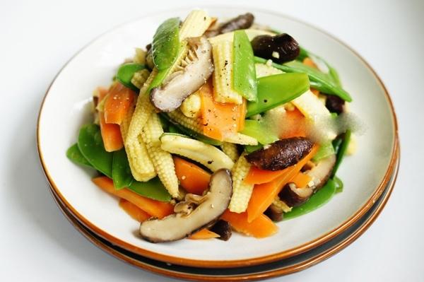 Những lầm tưởng về việc ăn chay bạn cần biết