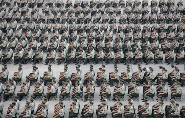 Hơn 1.000 cánh sát vũ trang tham gia huấn luyện tại Nam Kinh.