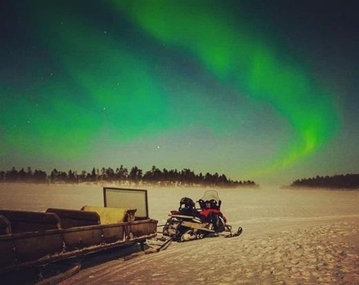 Cứ đến Phần Lan, bạn đừng quên ngắm hiện tượng aurora đầy ngoạn mục vào buổi tối.(Nguồn Internet)